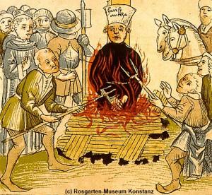 Jan Hus wird auf dem Scheiterhaufen verbrannt